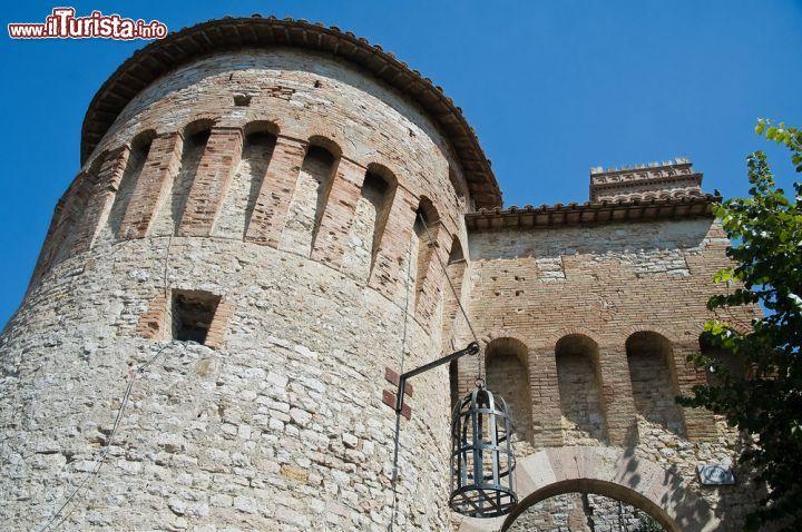 Il bastione di porta santa maria per accedere foto - Ugc porta di roma programmazione ...