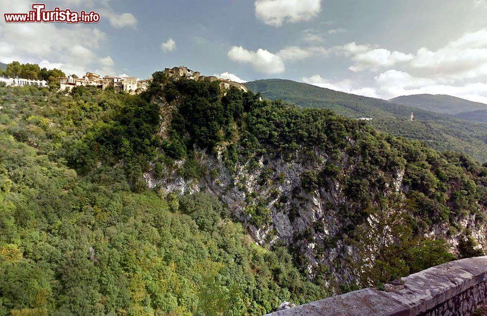 Le foto di cosa vedere e visitare a Castello del Matese