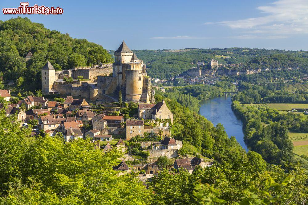 Cartina Francia Sud Dettagliata.Tour Tra I Castelli Piu Belli Nella Francia Del Sud