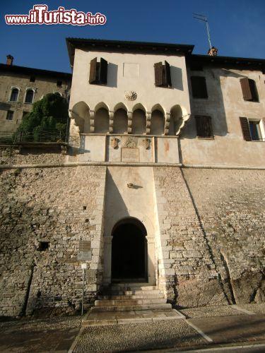 competitive price 11273 31bd3 Il Castello di Alboino a Feltre, Veneto | Foto Feltre