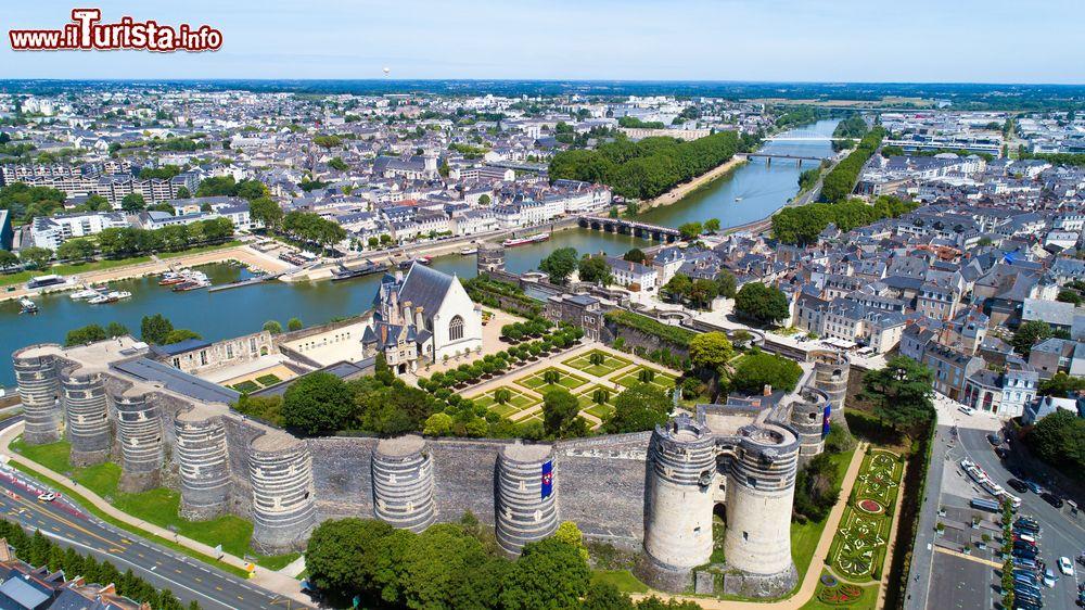 Le foto di cosa vedere e visitare a Loira