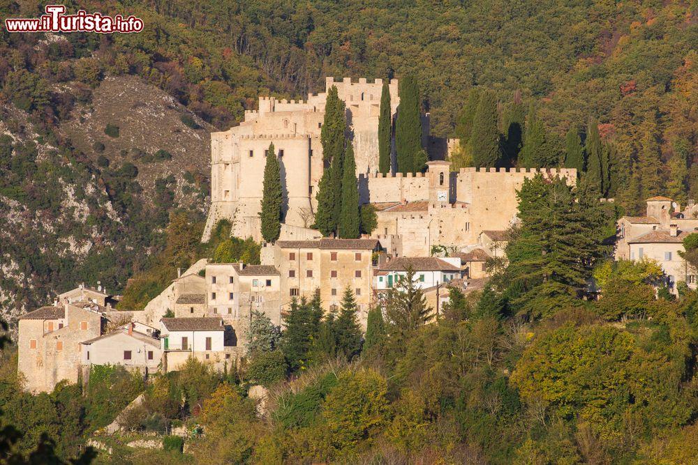 Le foto di cosa vedere e visitare a Rocca Sinibalda