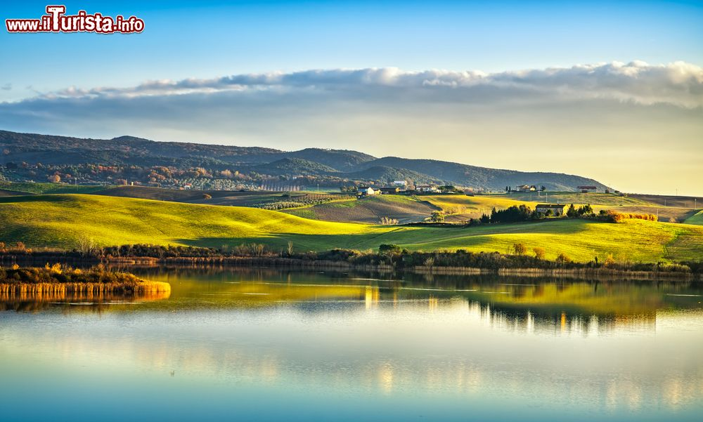 I Laghi Balneabili Della Toscana  I Pi U00f9 Belli Da Visitare