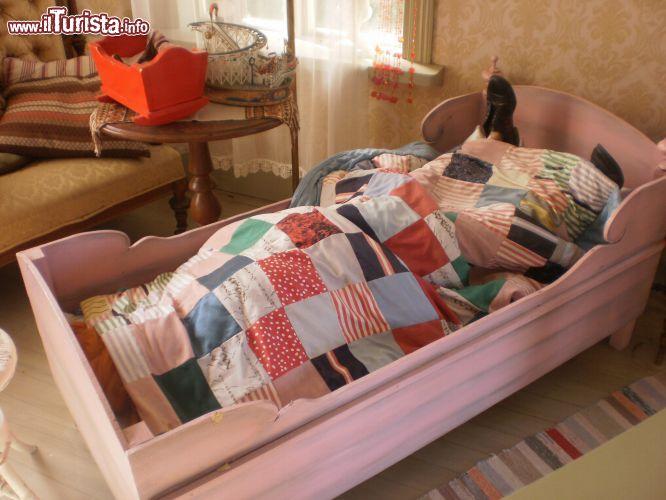 Una riproduzione di Pippi Calzelunghe che dorme ... | Foto ...