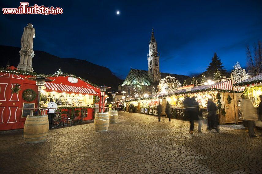 Il mercatino natalizio di bolzano uno dei pi foto - Foto di uno shamrock ...