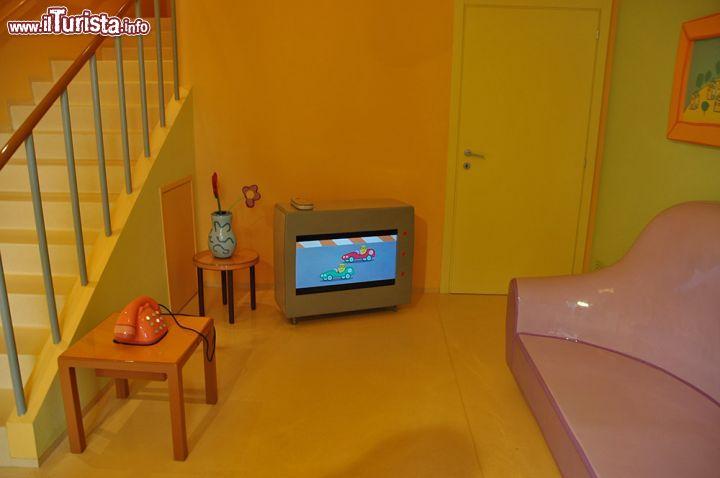 Il salotto nell 39 ingresso all 39 interno foto leolandia for Disegni della casa della cabina di ceppo