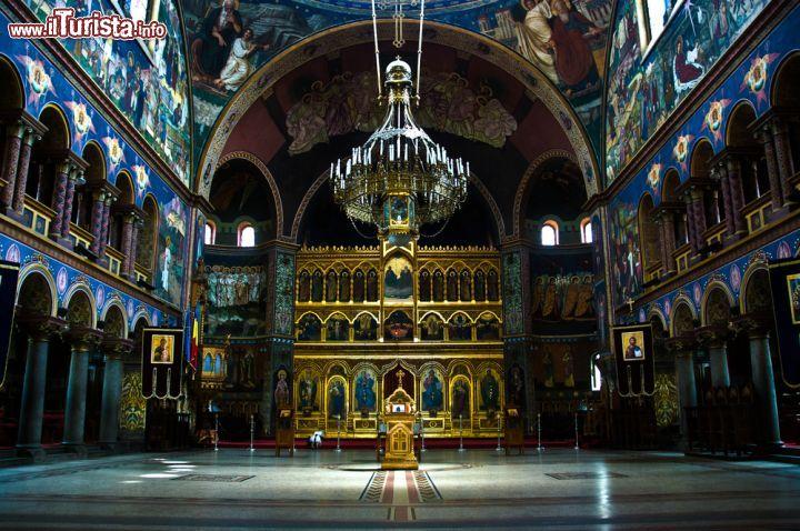 Interno della cattedrale ortodossa della Trinità