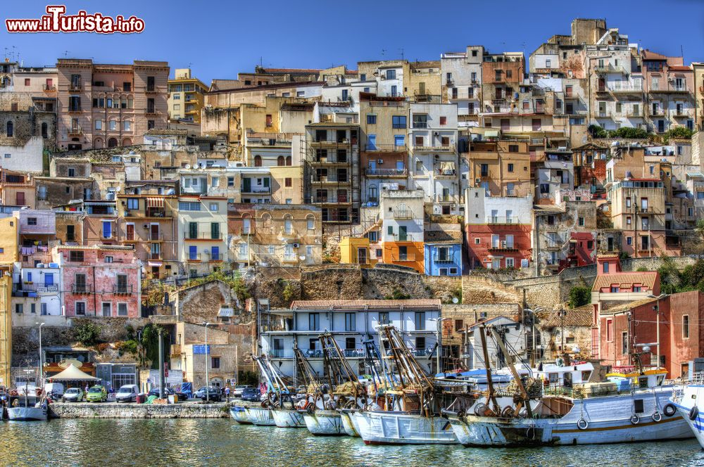 Sciacca sicilia il castello le spiagge e la visita for Vedere case online