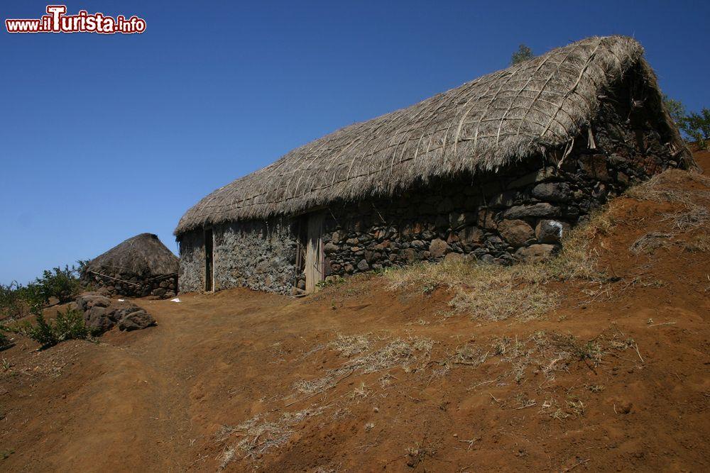La capanna tradizionale di una fattoria a santo foto for Progettazione di una fattoria industriale