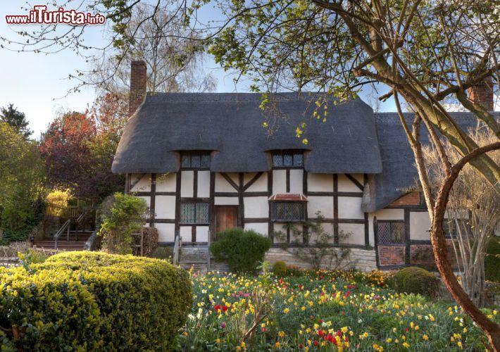 La casa della moglie di shakespeare a stratford upon avon for Disegni casa cottage