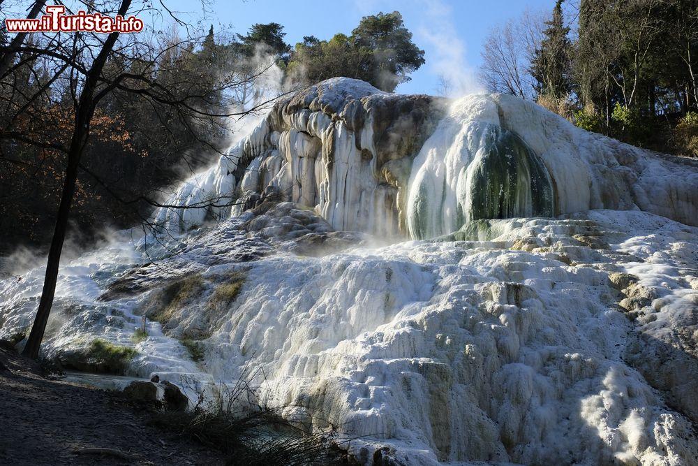 La cascata calcarea detta \