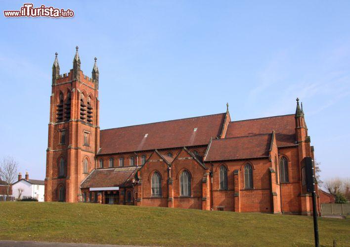La chiesa del nuovo testamento di dio a birmingham for Nuovo design del paesaggio inghilterra