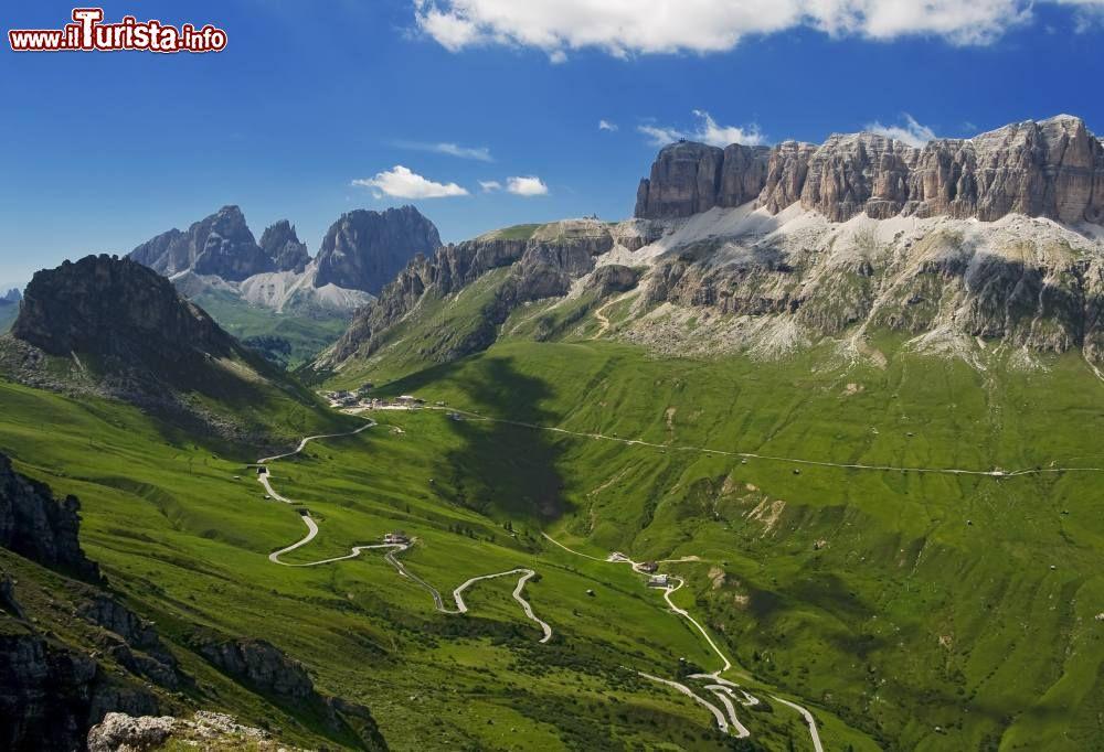 Le 10 strade panoramiche pi belle d 39 italia for Le piu belle fotografie