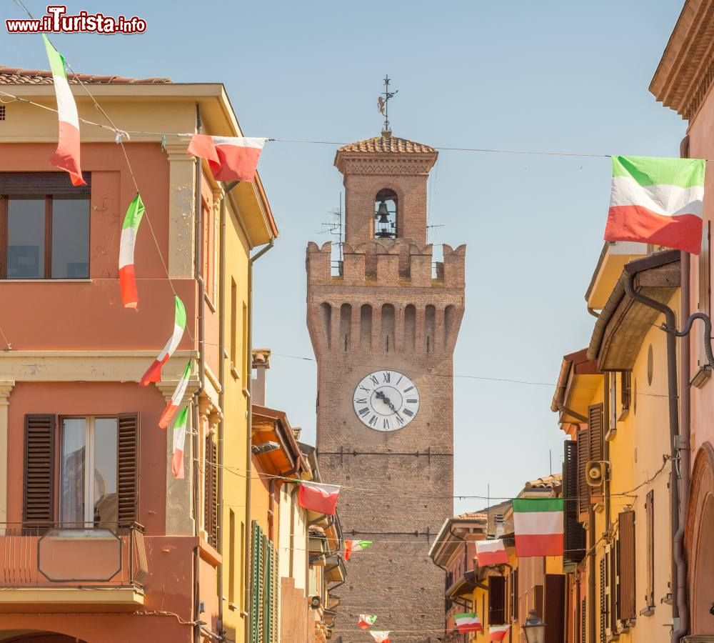 Le foto di cosa vedere e visitare a Castel San Pietro Terme