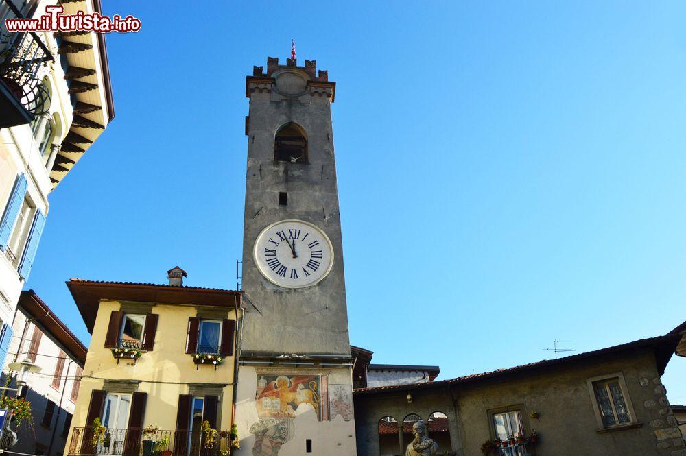 Lovere  Bergamo   La Torre Civica  Una Torre