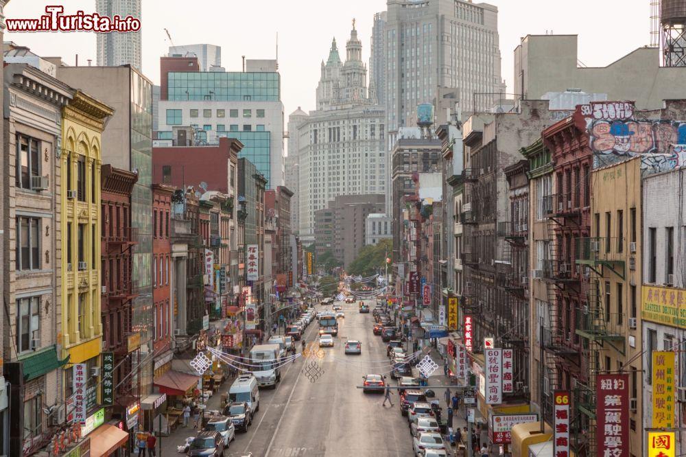 Una veduta di chinatown a manhattan new york foto for Appartamenti vacanze new york city manhattan