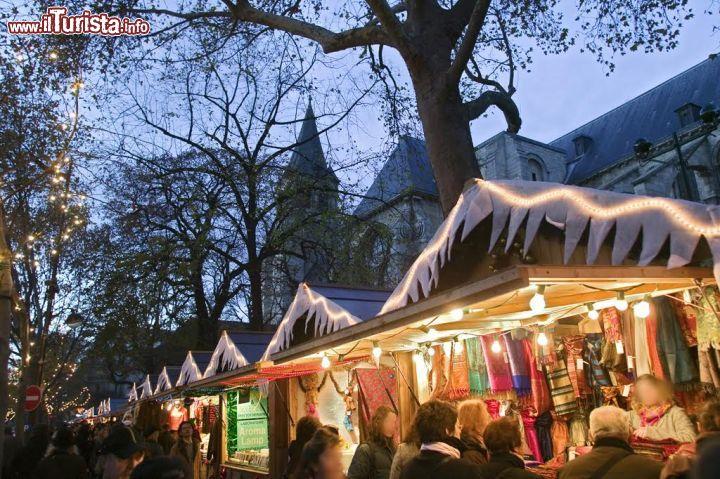 Quando Mettono Le Luci Di Natale A Parigi.I Mercatini Di Natale A Parigi E Dintorni Date 2018 E