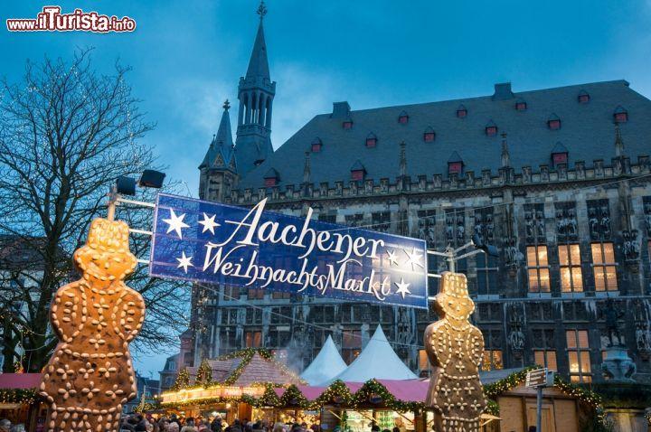 Aachener Weihnachtsmarkt Aquisgrana