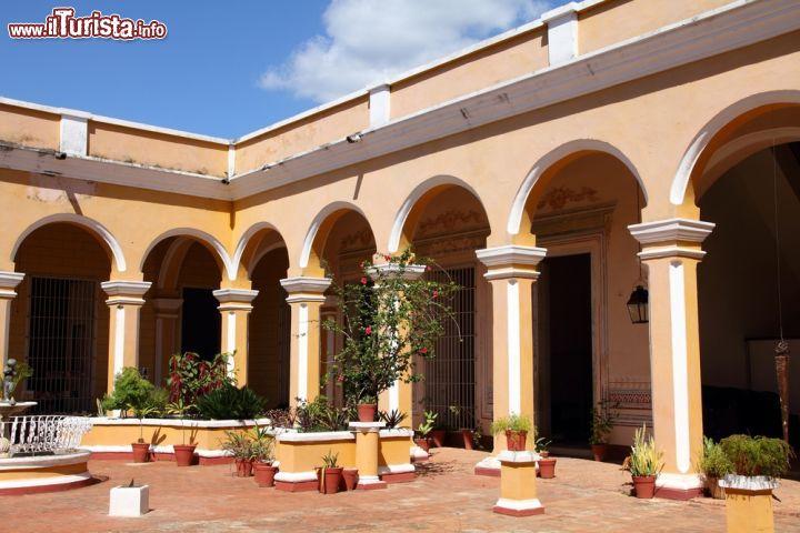 Il museo di storia municipale di trinidad cuba foto for Case di un ranch di storia