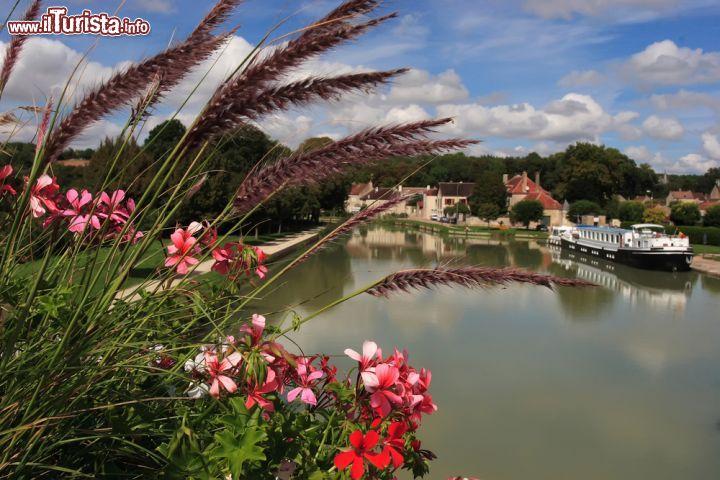 Crociera fluviale in Borgogna lungo i fiumi Saone e Seille
