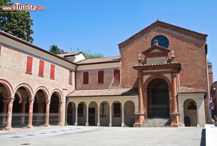 Il monastero di sant 39 anna a ferrara emilia foto ferrara for Permesso di soggiorno ferrara