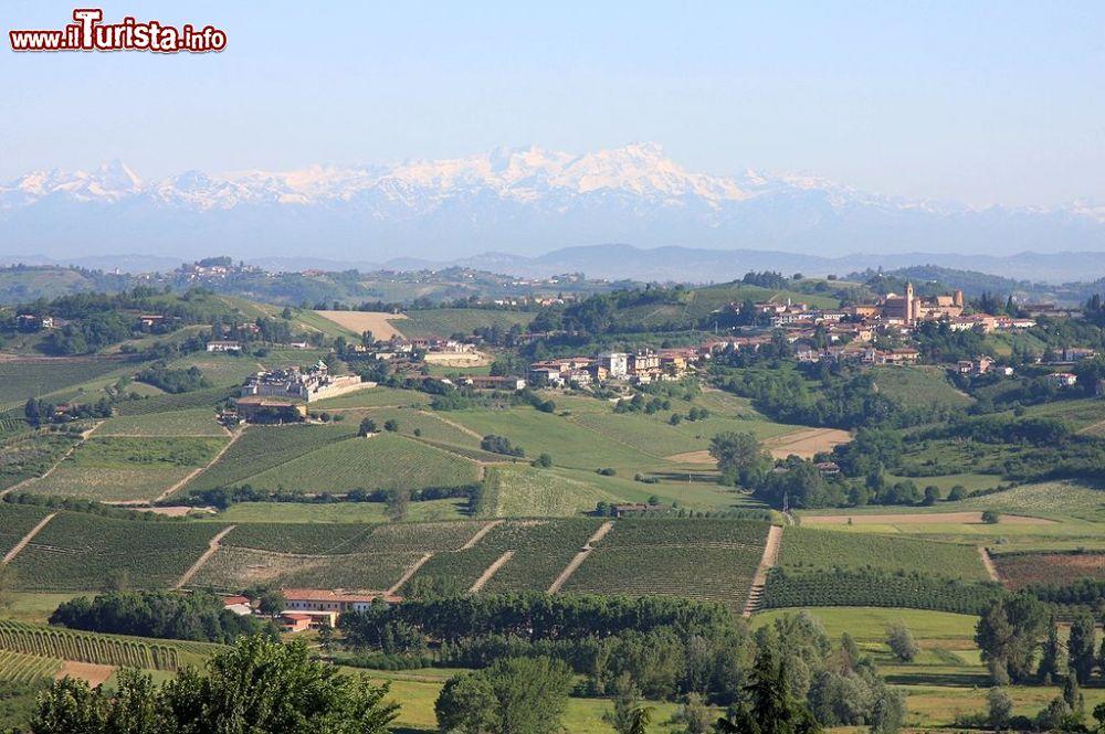 Le foto di cosa vedere e visitare a Castelnuovo Calcea