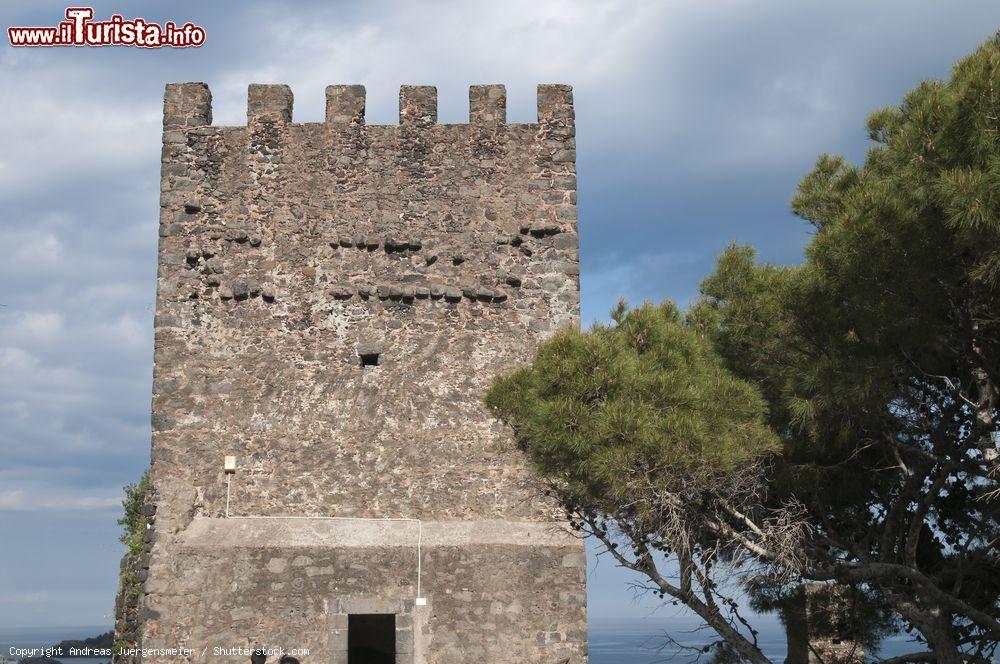 Le foto di cosa vedere e visitare a Aci Castello