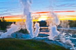 Norris Geyser Basin, Yellowstone National Park ...
