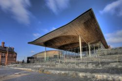 The National Assembly for Wales si trova nella baia di Cardiff, in Galles - © Gail Johnson / Shutterstock.com
