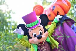 Topolino e zucca di Halloween a Disneyland Paris - © news.disneylandparis.com