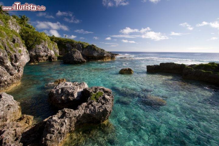 Limu pools isola di niue piscine naturali sulla foto niue - Isola di saona piscine naturali ...