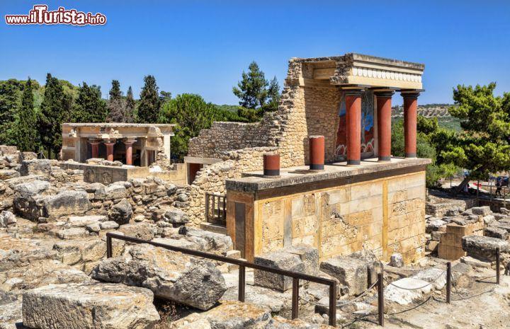 Sito archeologico del palazzo di cnosso a heraklion for Immagini sito