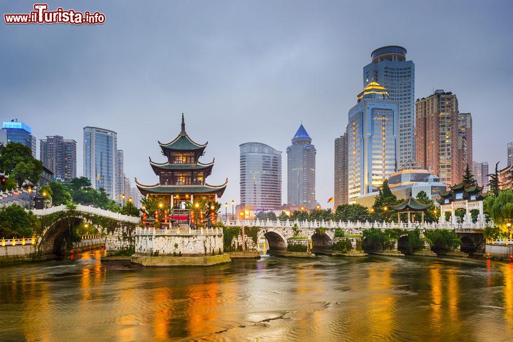 Le foto di cosa vedere e visitare a Guiyang