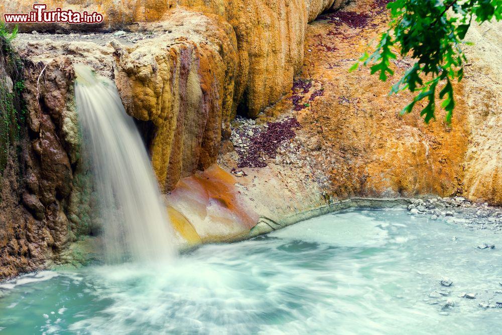 le foto di cosa vedere e visitare a bagni san filippo