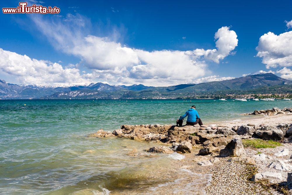Matrimonio Spiaggia Lago Di Garda : Spiaggia di lazise sul lago garda foto