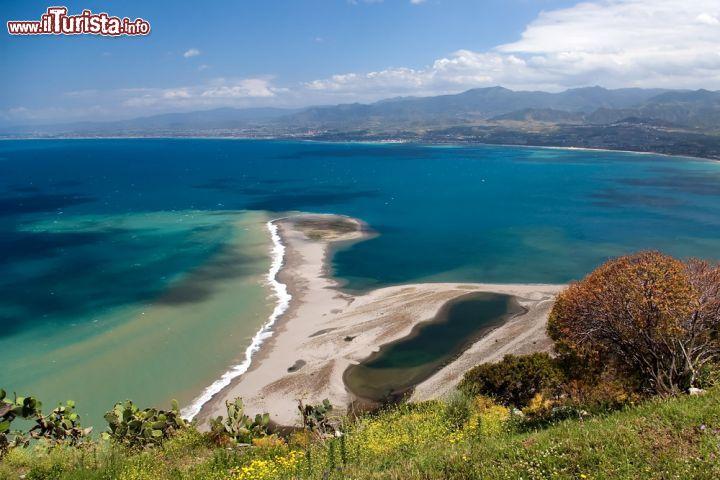 Le spiagge pi selvagge della sicilia for Immagini di laghetti