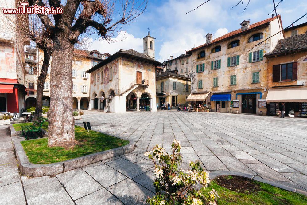 Le foto di cosa vedere e visitare a Orta San Giulio