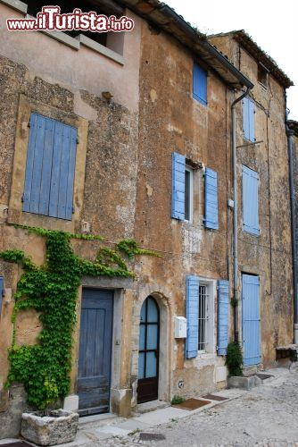 tipiche case provenzali a gordes francia alcune