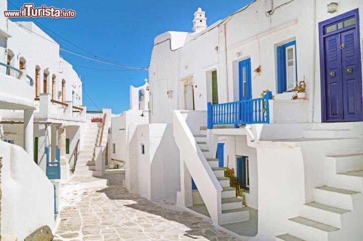 Tradizionali case greche sull 39 isola di sifnos foto for Disegni della casa del merluzzo del capo