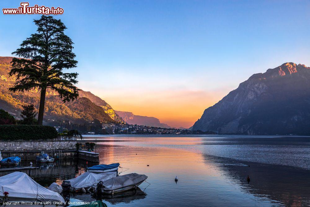 Tramonto a mandello del lario sul lago di como foto for Casetta sul lago catskills ny