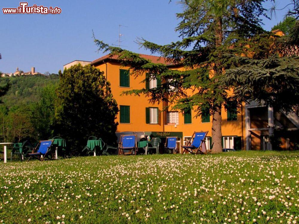 Le foto di cosa vedere e visitare a Salice Terme