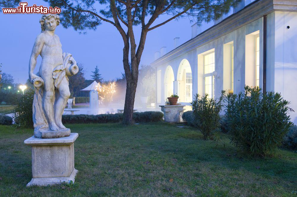 Le foto di cosa vedere e visitare a Montegrotto Terme