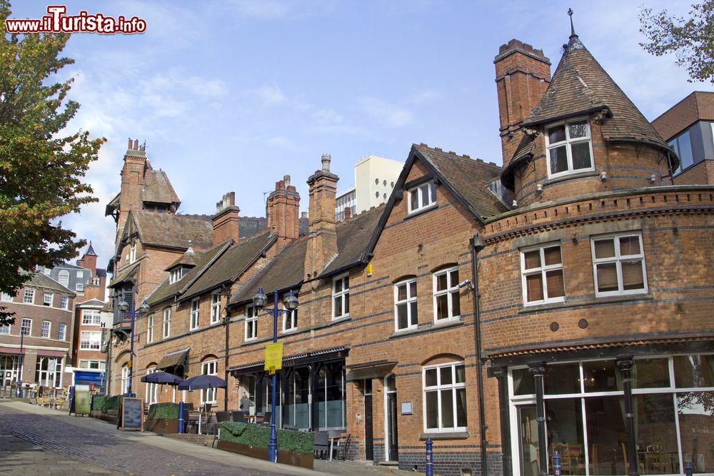Una fila di case vittoriane a nottigham inghilterra for Nuove case vittoriane