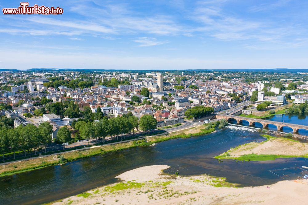 Le foto di cosa vedere e visitare a Nevers