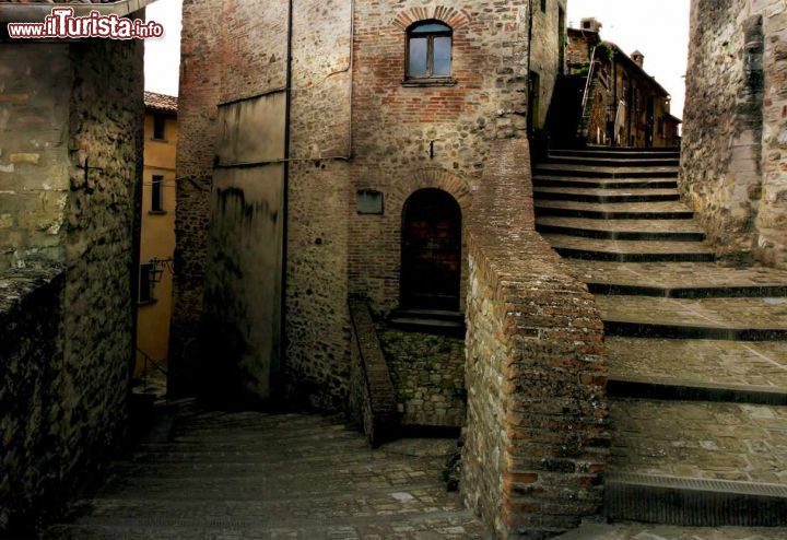 Le foto di cosa vedere e visitare a Montone