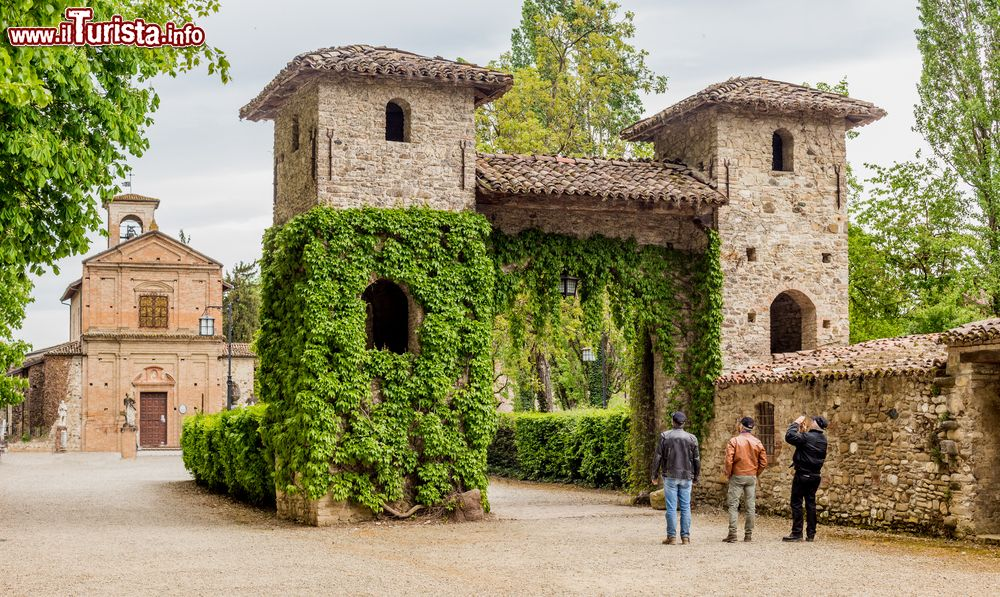Borghi emilia romagna i pi belli borghi emiliano for Luoghi abbandonati nord italia