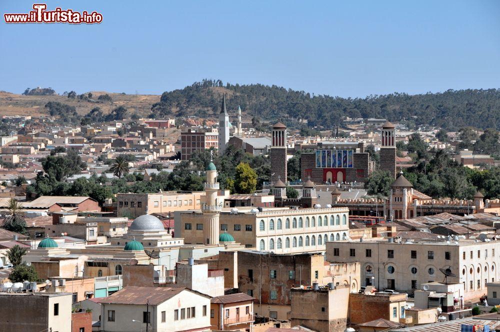 Le foto di cosa vedere e visitare a Asmara