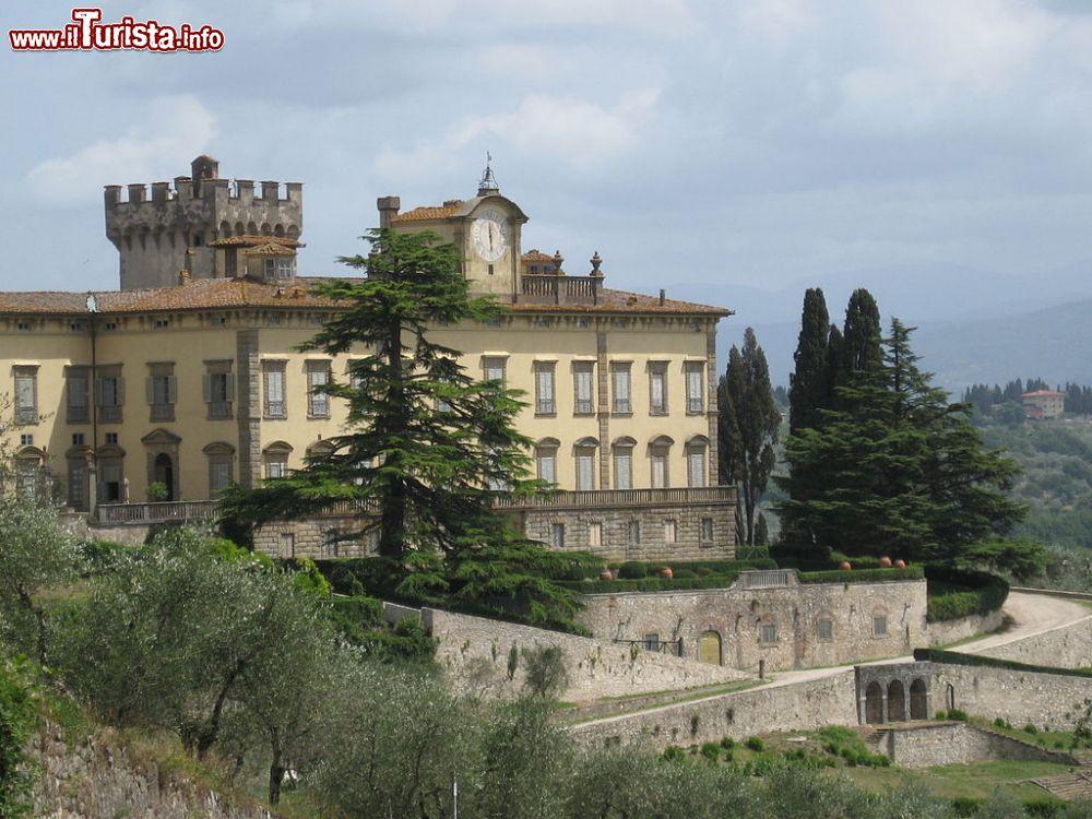 Le foto di cosa vedere e visitare a San Donato in Collina