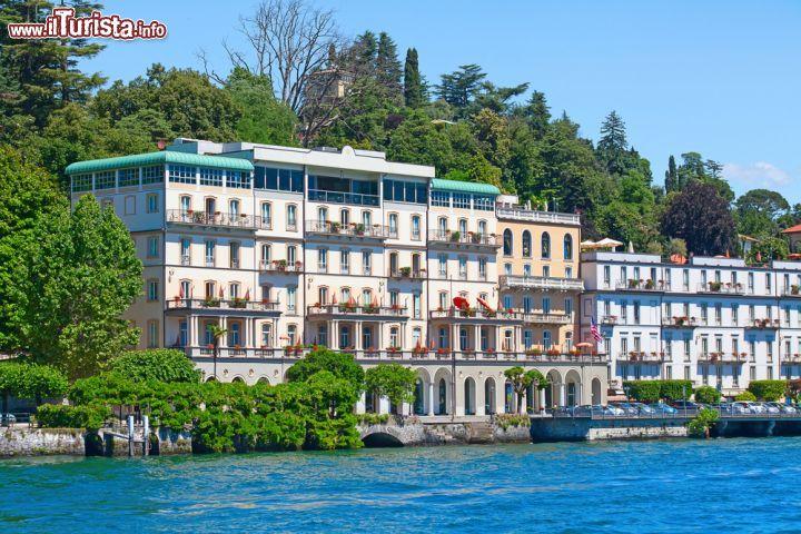 Ville lussuose sul lago di como lombardia lario for Casetta sul lago catskills ny