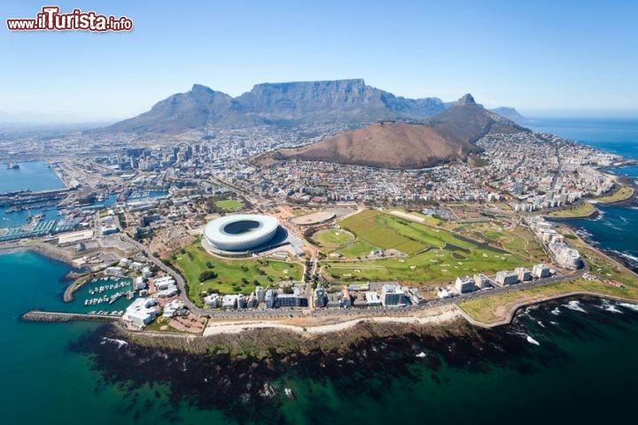 Vista aerea di cape town sudafrica tra tutto foto for Sud africa immagini
